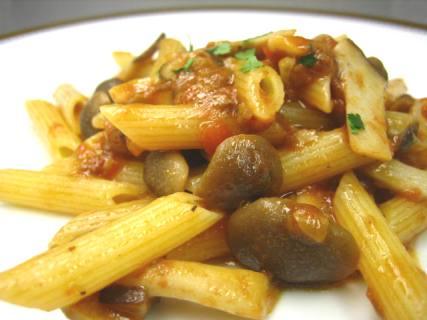 ①トマトとポルチーニ茸のパスタソース/キノコ入り02