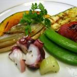 ①香草オイル/シーフードと野菜のグリル