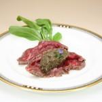 ②乾燥ポルチーニペースト/牛カルパッチョ